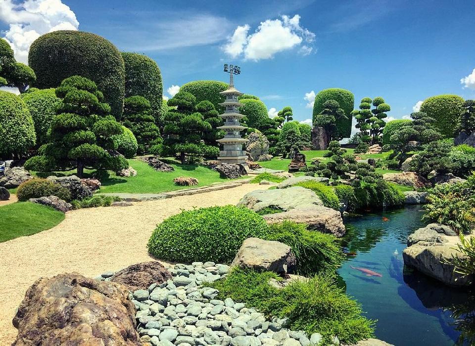 Công viên hồ cá koi tại Việt Nam