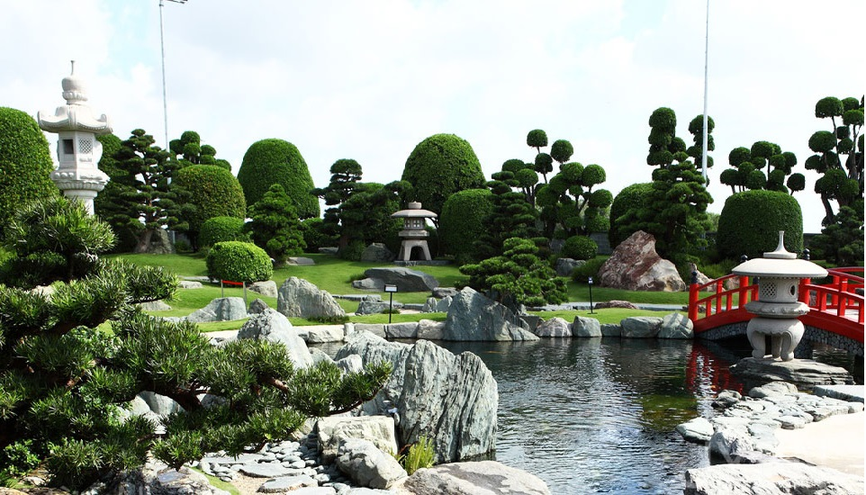 công viên hồ cá koi rin rin park